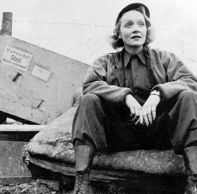 http://www.follow-me-now.de/assets/images/Marlene_Dietrich-102.jpg